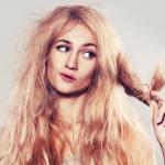 Stylista radzi: jak okiełznać puszące się włosy