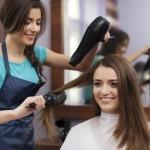 Wybierasz się do fryzjera? Sprawdź o czym musisz pamiętać!