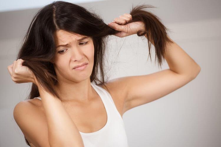 jak zageścić włosy