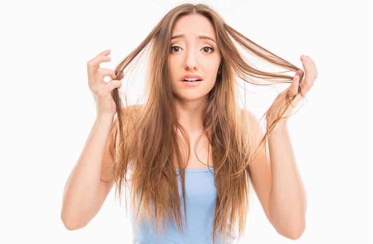 sposoby na przetłuszczone włosy