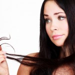 Zabiegi fryzjerskie na zniszczone włosy – Stylista radzi!