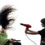 Najnowsze suszarki do włosów, których nie powinno zabraknąć w Twoim salonie fryzjerskim