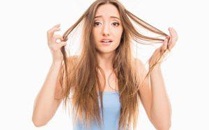 Jak ograniczyć przetłuszczanie włosów?